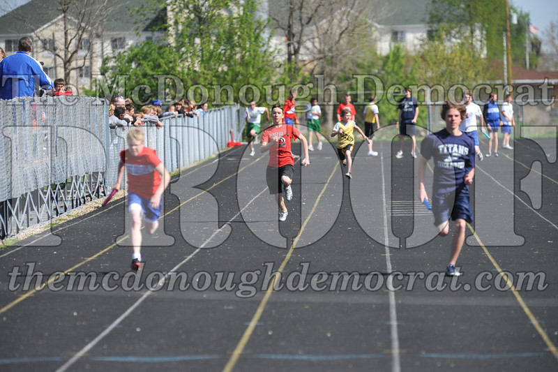 JH Tr Dunlap Relays 2 Monmouth 04-17-10 017