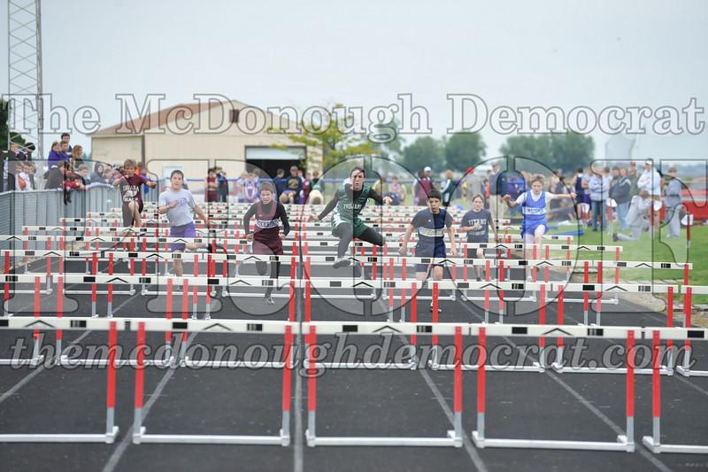 JH Tr Sectionals Girls-Feild Events, Boys Running 05-15-10 059