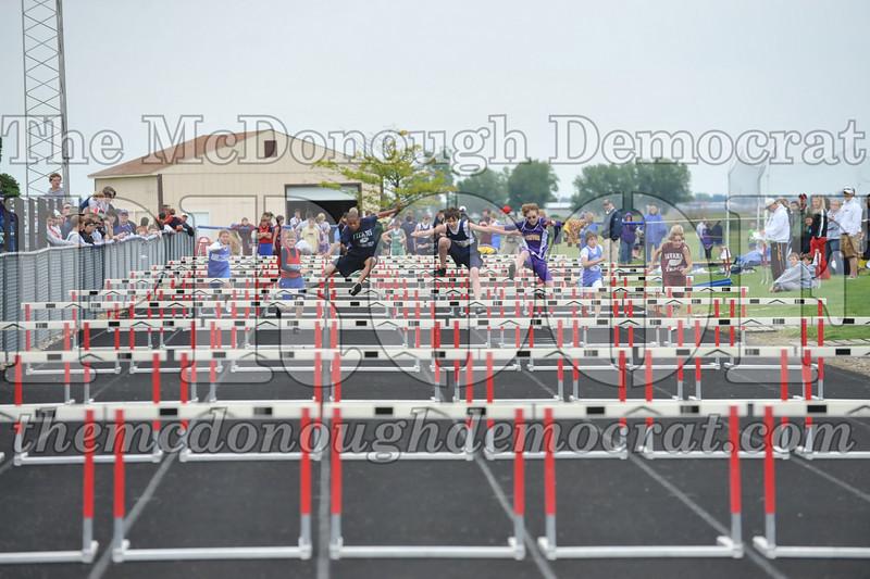 JH Tr Sectionals Girls-Feild Events, Boys Running 05-15-10 009