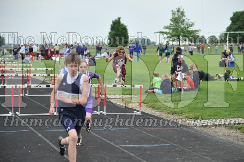 JH Tr Sectionals Girls-Feild Events, Boys Running 05-15-10 019