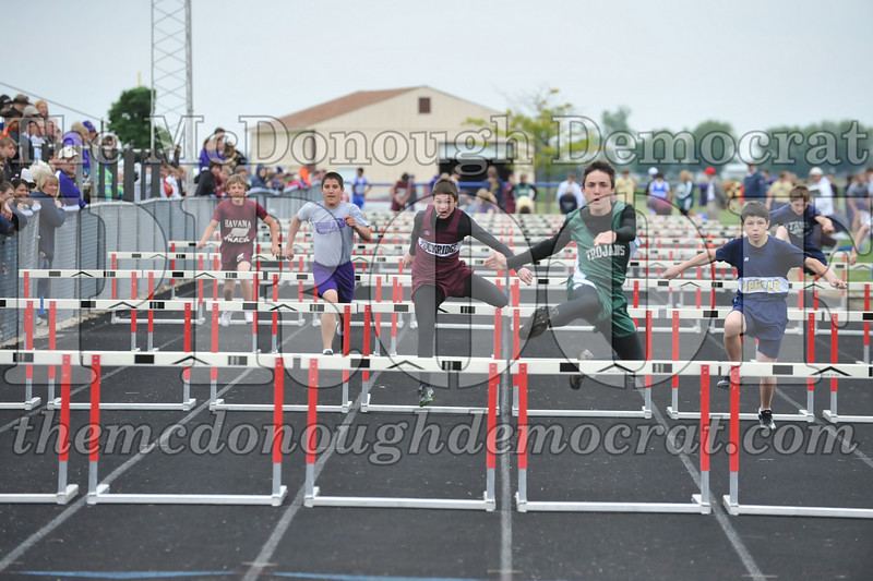 JH Tr Sectionals Girls-Feild Events, Boys Running 05-15-10 061
