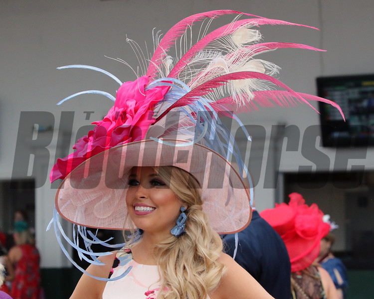 Derby fashion at Churchill Downs on May 4, 2019. Photo By: Chad B. Harmon