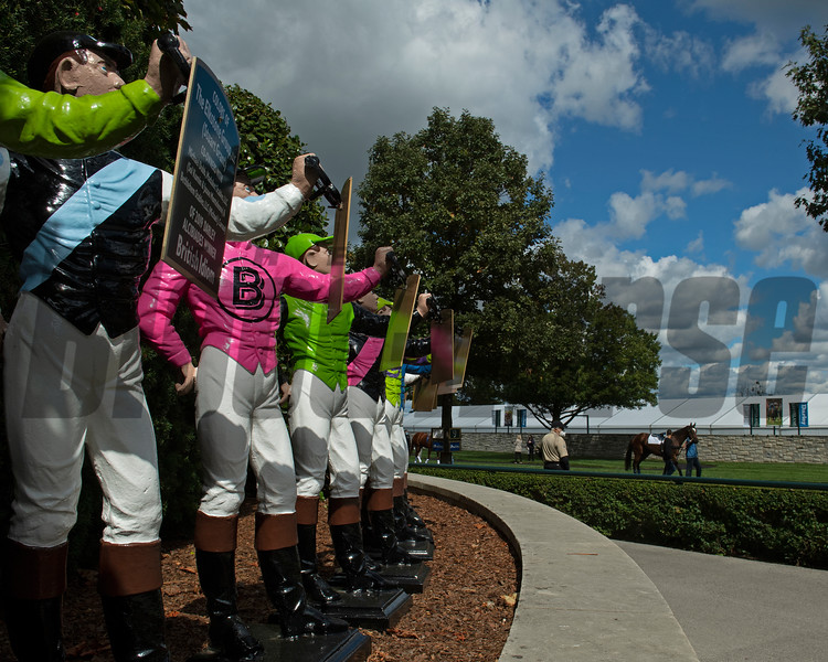 jockey statues overlooking the saddling area<br /> Opening day of the Keeneland fall meeting on October 2, 2020.