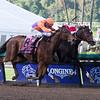 Beholder, with Gary Stevens up, edges out Songbird to win the Longines Distaff (gr. I) at Santa Anita on Nov. 4, 2016, in Arcadia, California.