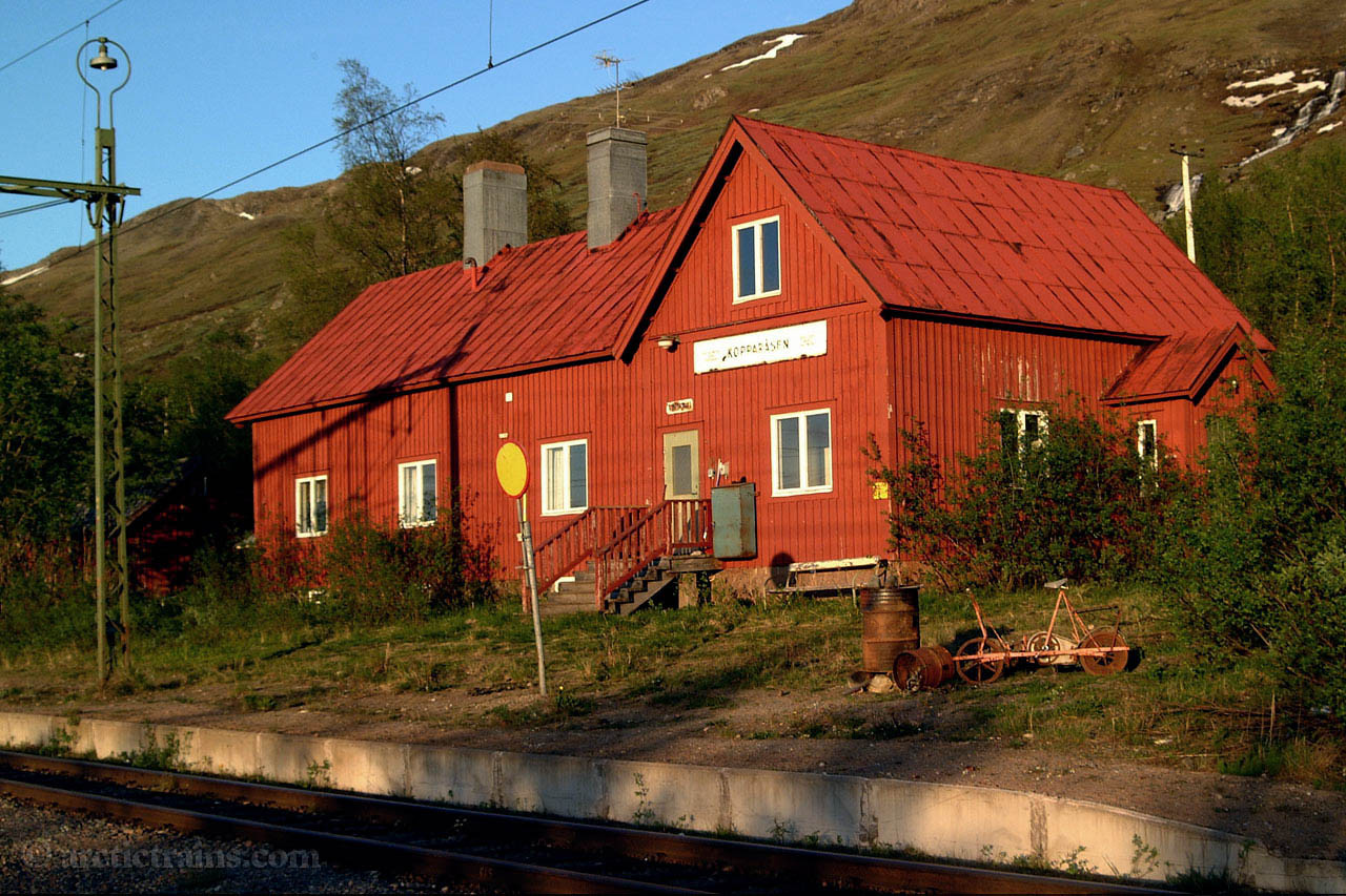 Kopparaasen station house 2001-06-21 by TS