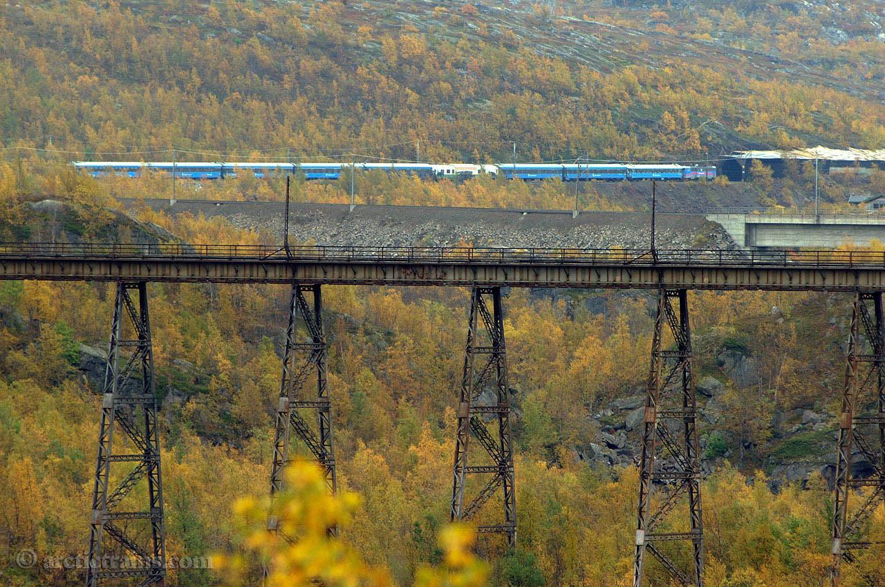 TKAB Rc Soesterbekk Old & new Norddal bridge 2001-09-09 by TS