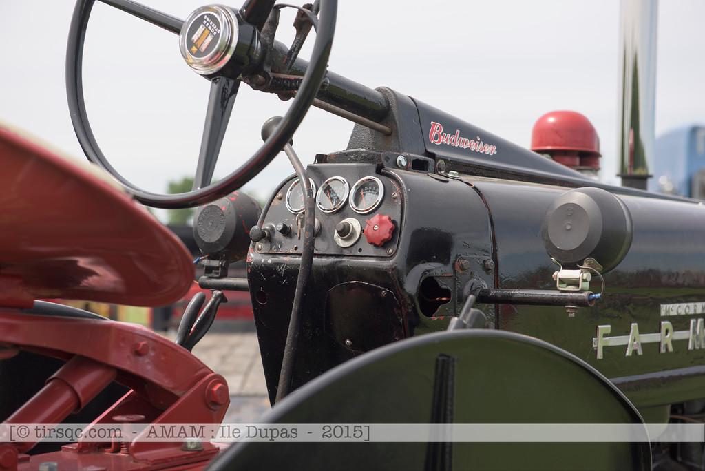 F20150627a134122_6451-Inter McCormick Farmall 450 noir