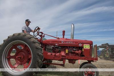 F20150627a111414_6237-McCormick Farmall Super H 1952