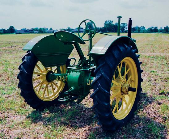 1990TiptonTractor-9