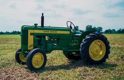 1990TiptonTractor-26