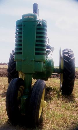 1990TiptonTractor-15