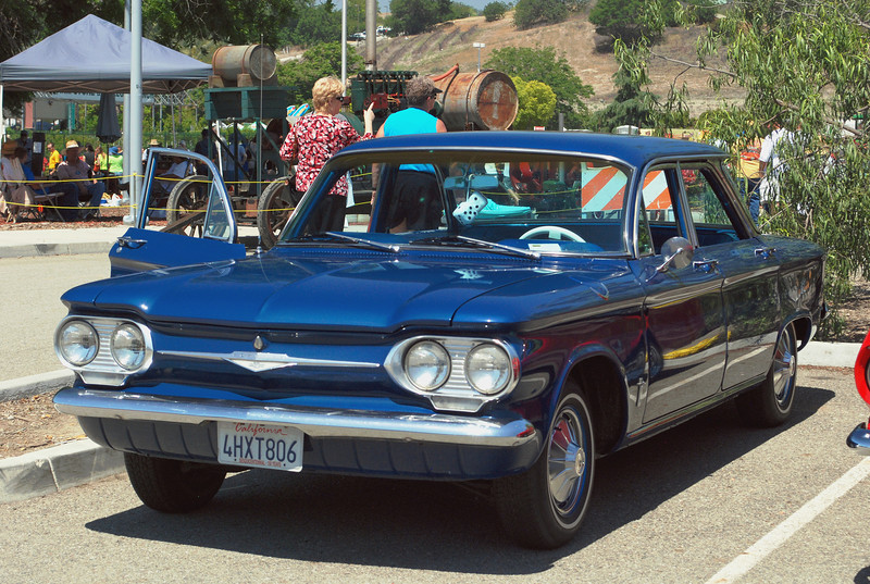 Chevrolet 1961 Corvair Monza ft lf
