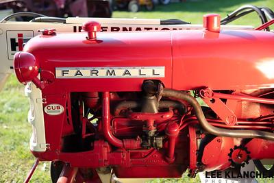 1963 Farmall Cub with 1000 Loader - Larry Kerns