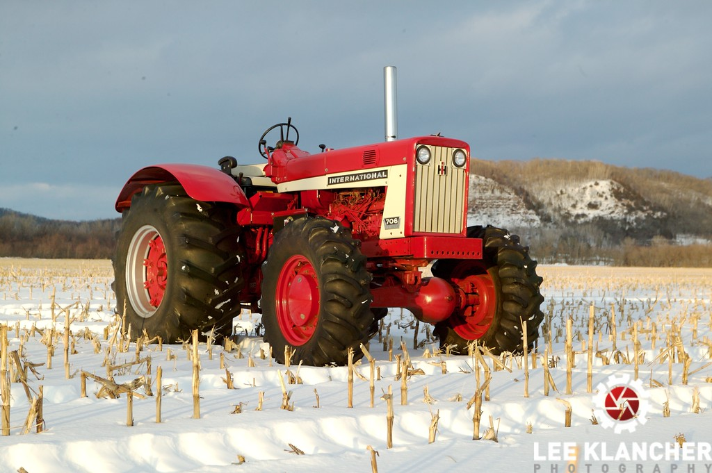 Lyle Johnson's beefed-up 706 in his corn field not far from Rushford, Minnesota.
