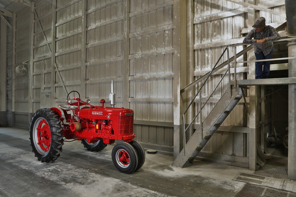 Farmall H owned by Gerry Forsythe