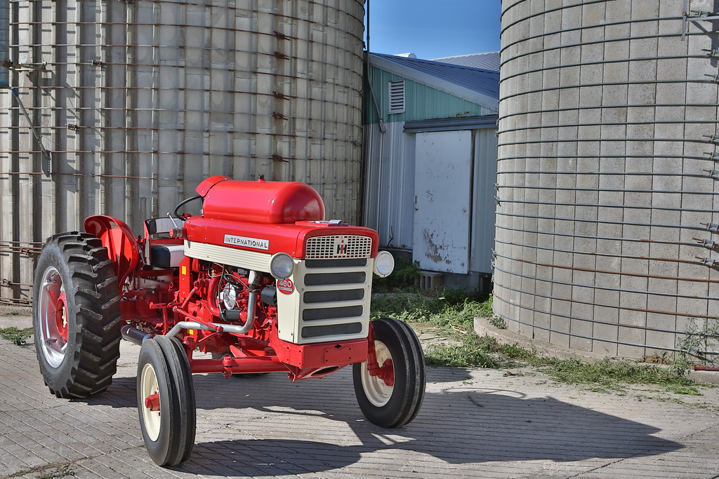 Rare 460 LP Utility owned by Ken and Dick Huber of southern Wisconsin