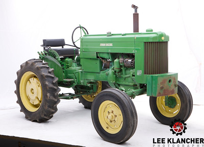 This John Deere Model 40 was owned by Tish Deere-Wiman, who was the great grand-daughter of John Deere, the founder of the company. She married Charles Deere-Wiman, who became the first company leader who was not a blood relative to John Deere.