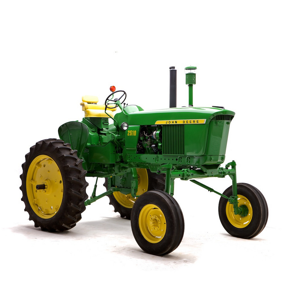 1967 John Deere Model 2510 High-Crop. One of seven 2510 high-crops built, and one of four to have a Synchro-range transmission. Owned by Walter and Bruce Keller.