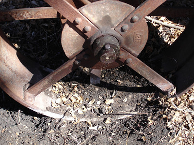 Rumely Model F Relocation 02-11-06 014
