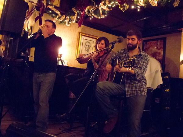 Mr. Dooley's, Littlest Bar, The Locals