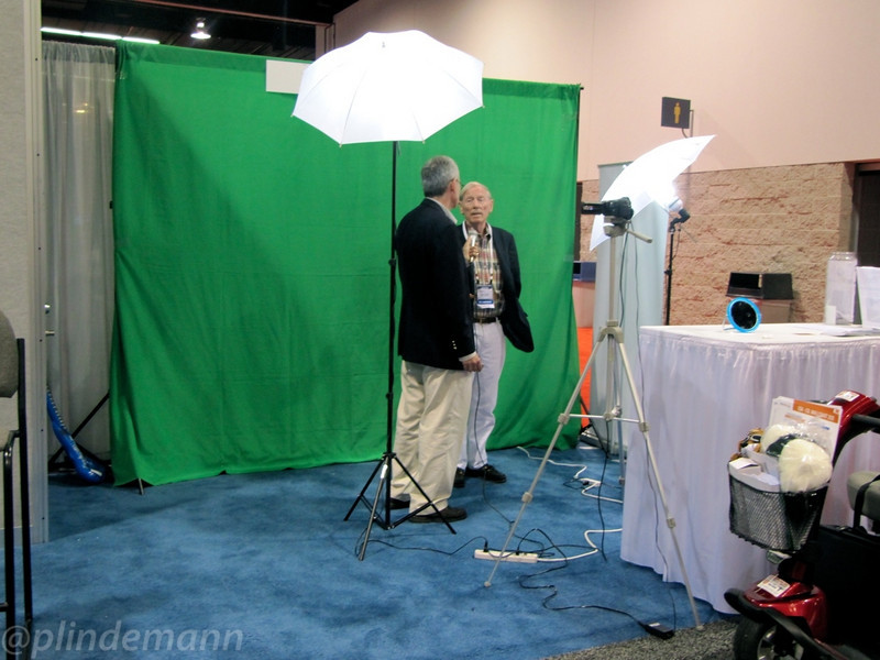 Graham Bell interviews analyst Gary Smith for a EDA Cafe video post.
