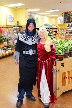Jim and Lenice Halloween 2018 Store 680