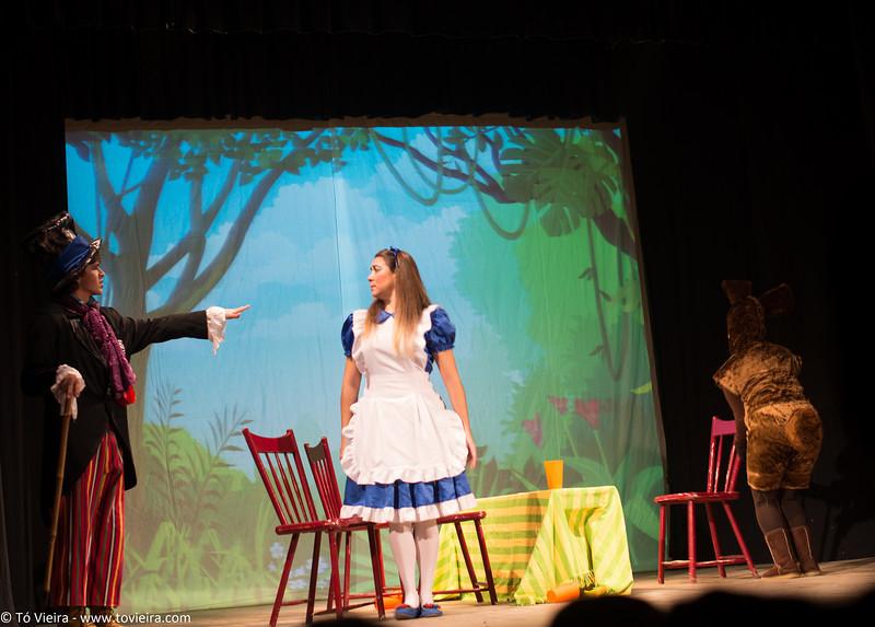 Alice no pais das Maravilhas, Teatro da Vista Alegre