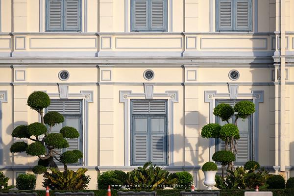 Royal Thai Army Headquarters, Ratchadamnoen Avenue