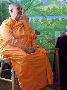 Venerable Kusuma Bhikkhuni Tells Children Dharma Stories (Charlotte, NC)