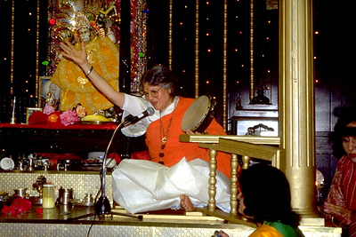 Guru Maa Singing Devotion to Hanuman (Hempstead, NY)