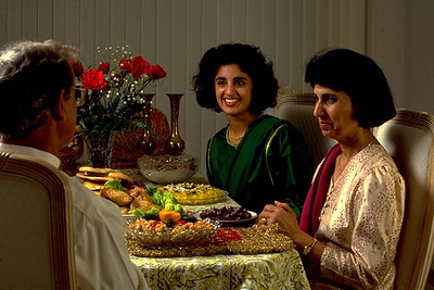 The Kakli Family Prepares to Break Their Fast During Ramadan