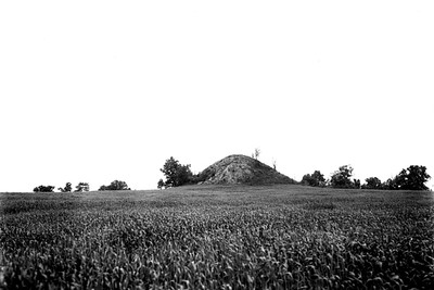 Remnants of a Large Urban Center (Cahokia/St. Clair County, IL)