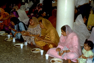 Langar at Sikh Religious Society of Chicago (Palatine, IL)