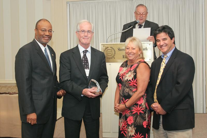 <b>IMG_68222</b><br>Aviation Safety Award: Angel Flight of Virginia
