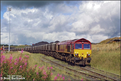 66043 stands at Chalmerston Opencast DP after arriving from Ayr Falkland Yard on 17/08/2001.