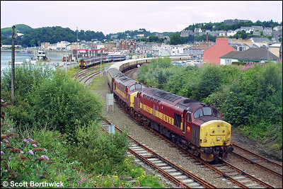 37427+37411 'The Scottish Railway Preservation Society' shunt the stock to form VSOE's 1Z65 1840 Oban-Edinburgh Waverley 'Northern Belle' at Oban.