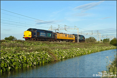 Running 110 minutes late due to loco failure earlier in the day, 37607 top and tails test car Mentor with 37608 at Ansty on 18/06/2015 whilst working 1Q18 1341 Derby RTC-Derby RTC via Lichfield TV, Northampton & Stafford.
