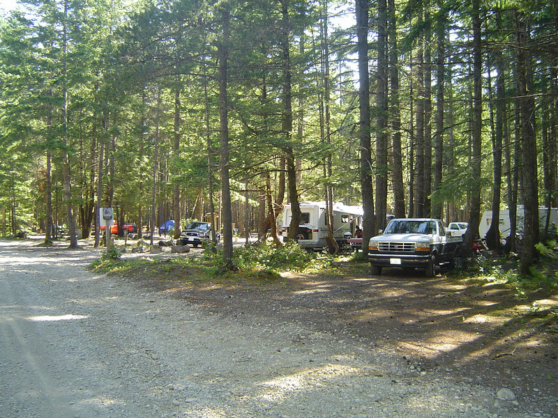 Bright and early Saturday morning at the entrance to Kamenga Canyon campground.