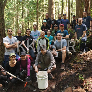 The 2014 Knee Knacker Trail Day crew.
