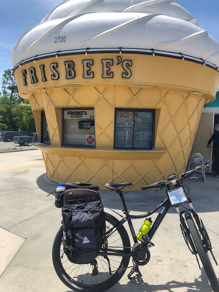Frisbees Ice Cream Mims