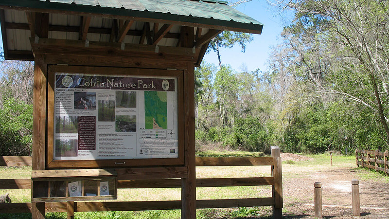 Trailhead kiosk at Cofrin Nature Park