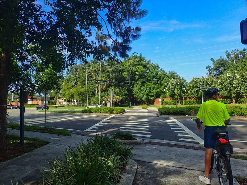 Cross Seminole Trail Tuskawilla crossing