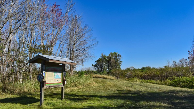 Clay Island Trailhead kiosk