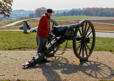 Bob, inspecting a cannon