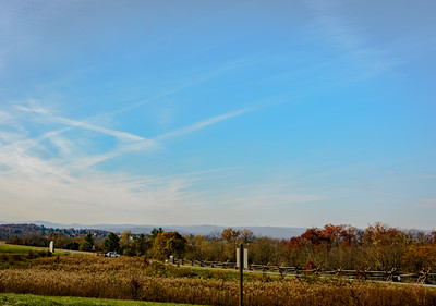 We had a beautiful day to travel back to Ohio, so we stopped to take some pictures along the way. In the foreground is the Battlefield at Gettysburg.