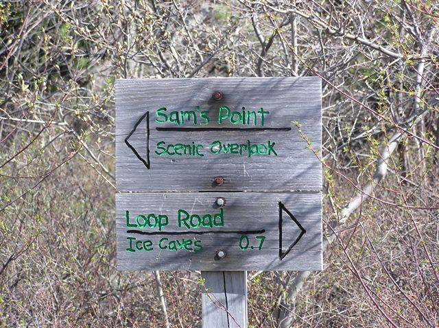 Sam's Point Signs & Markers 001