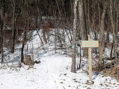 Signage on the foot of Vroman's Nose (3/22/13).