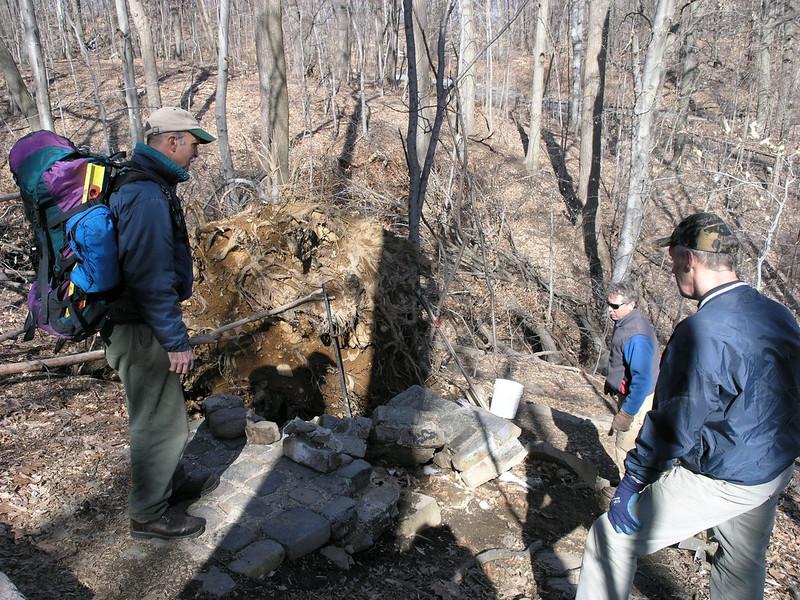 002 Chris Reyling, Erik Garnjost and Charlie Morgan survey the damage