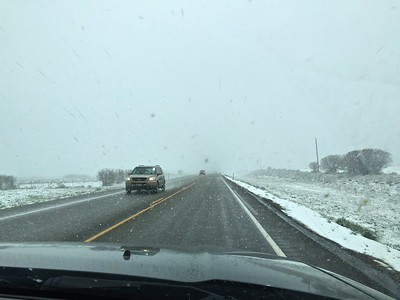As we drove towards Blanding, Ut, three was a bit of snow falling... perhaps an omen?
