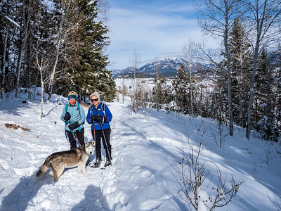 Ice Cave Ridge Snowshoe 2021-010